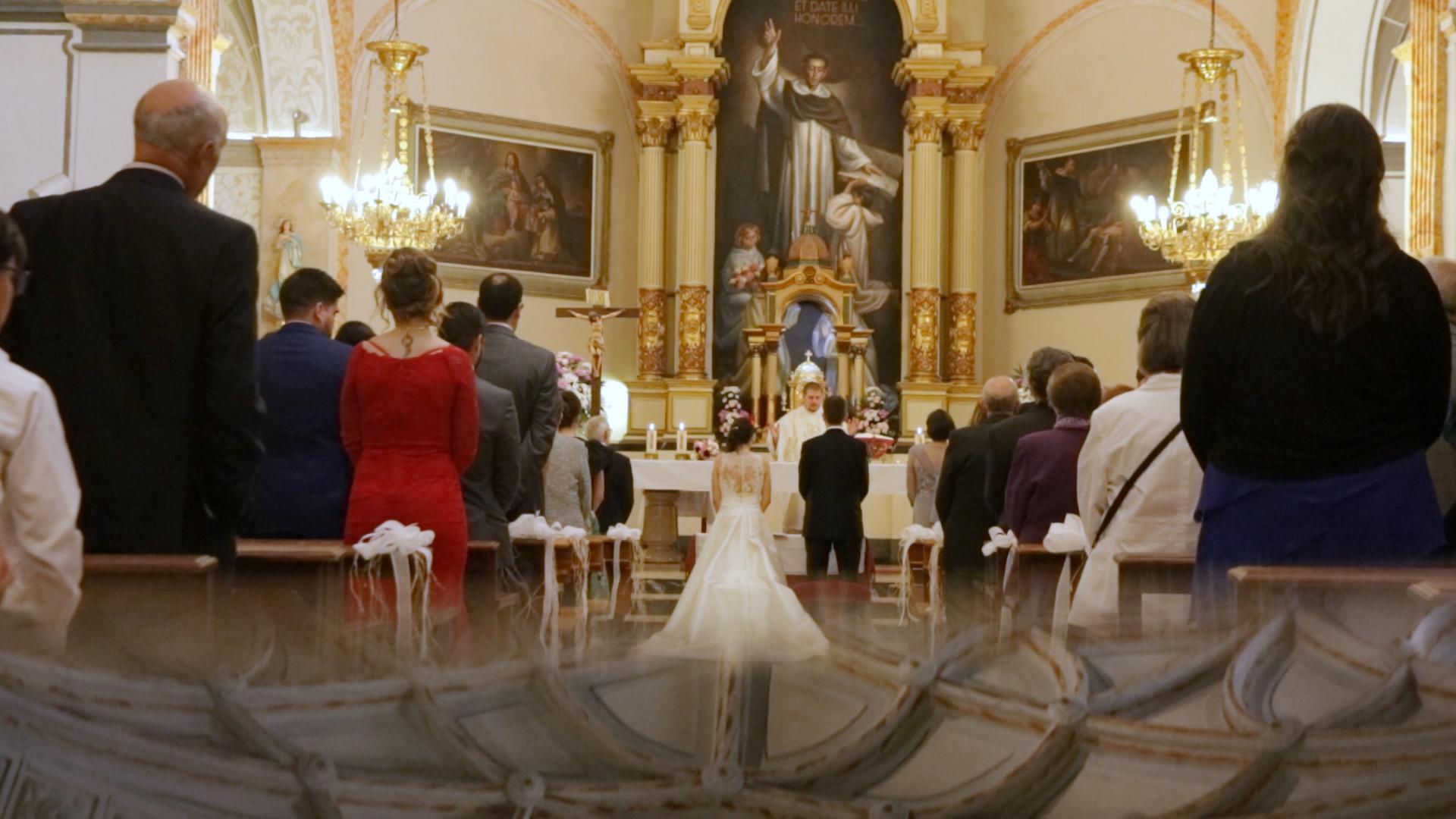 boda en iglesia castellón y celebración de la boda en La Opera de Benicassim