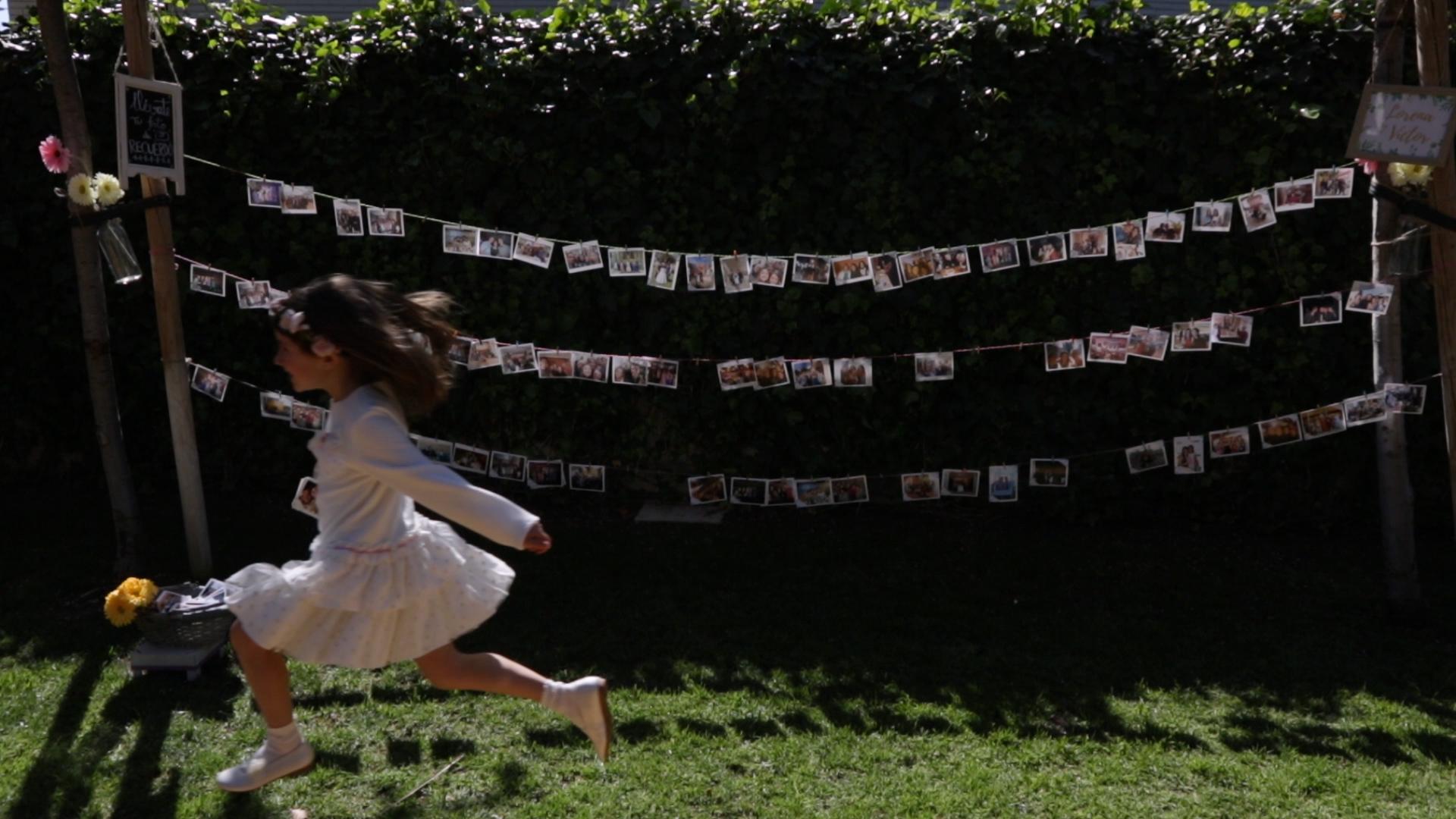 En el jardín de la boda en La Opera de Benicassim